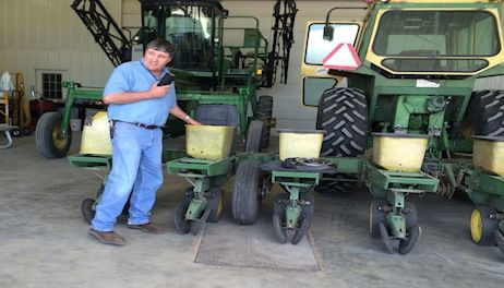 Young farmers get glimpse of Minnesota ag industries